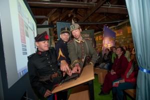 Historische personage zetten geschiedenislokaalUtrecht/WOI live